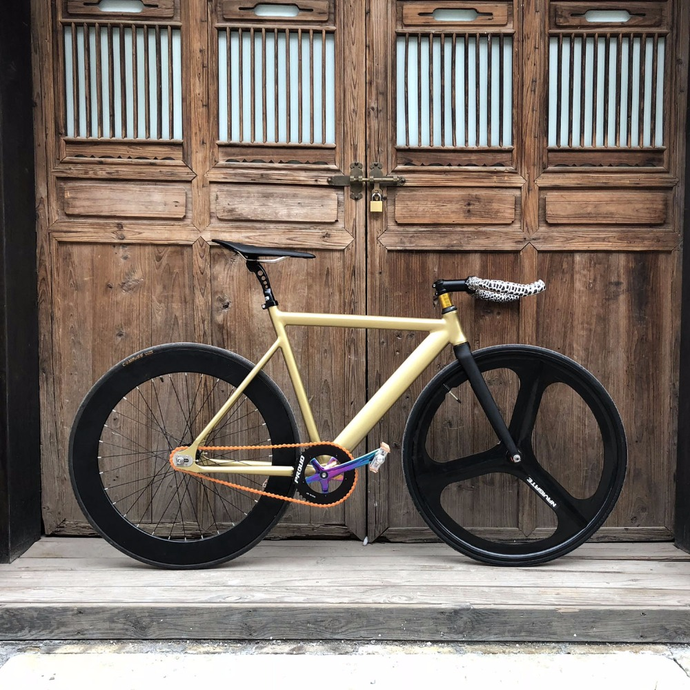 Fixed Gear Bike 54cm 58cm single speed bike Smooth Welding frame Aluminum alloy Track <font><b>Bicycle</b></font> <font><b>700C</b></font> <font><b>wheel</b></font> DIY color image