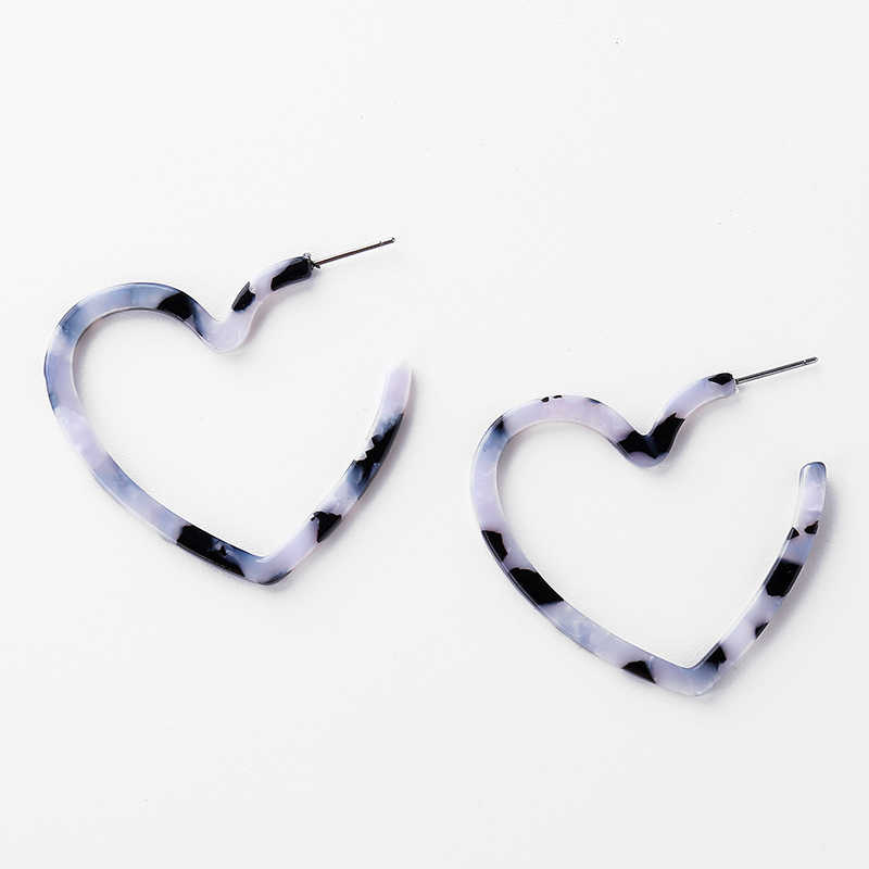 2019 Bohemian Heart-shaped Acrylic Stud Earrings Statement Leopard Earrings for Women Tortoiseshell Brincos Fashion Jewelry