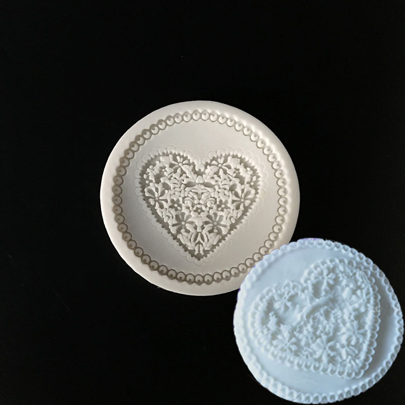 New high-end love shape silicone mold  Flower lace Cup cake top decoration tool Chocolate cookie baking tool