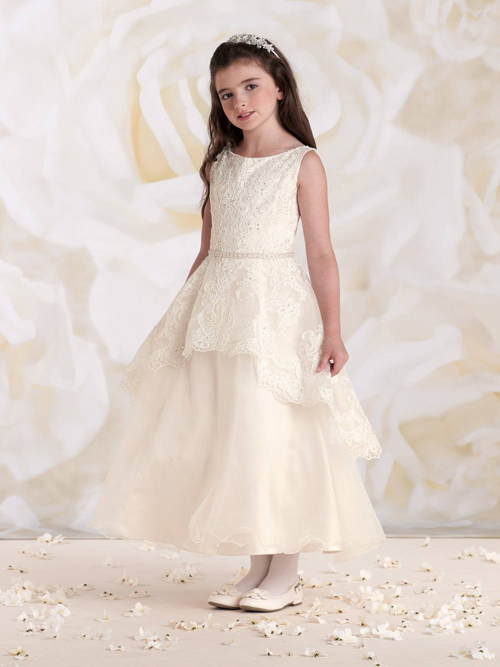 Hot Champagne Lace Beaded Sleeveless Ball Gown   Flower     Girl     Dresses   Cheap Tea-Length communion   dresses   vestidos de comunion 2019