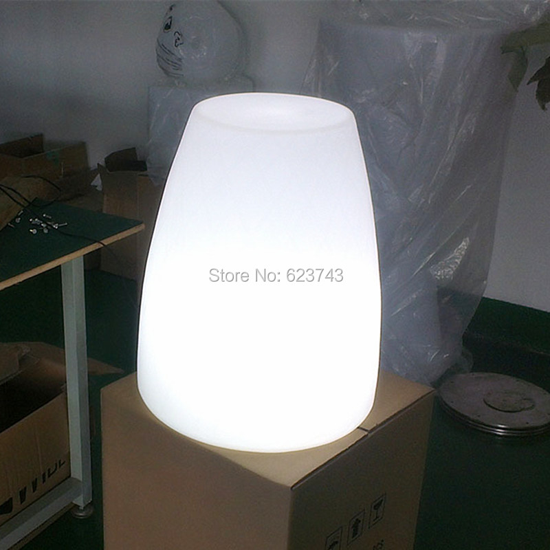 LED Glowing Floor landscape lighting 3