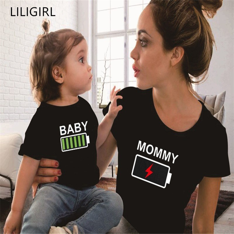 LILIGIRL Summer Mother And Daughter Clothes Family Matching Outfits Battery Funny Black T-shirt Father Mom And Kids Clothing