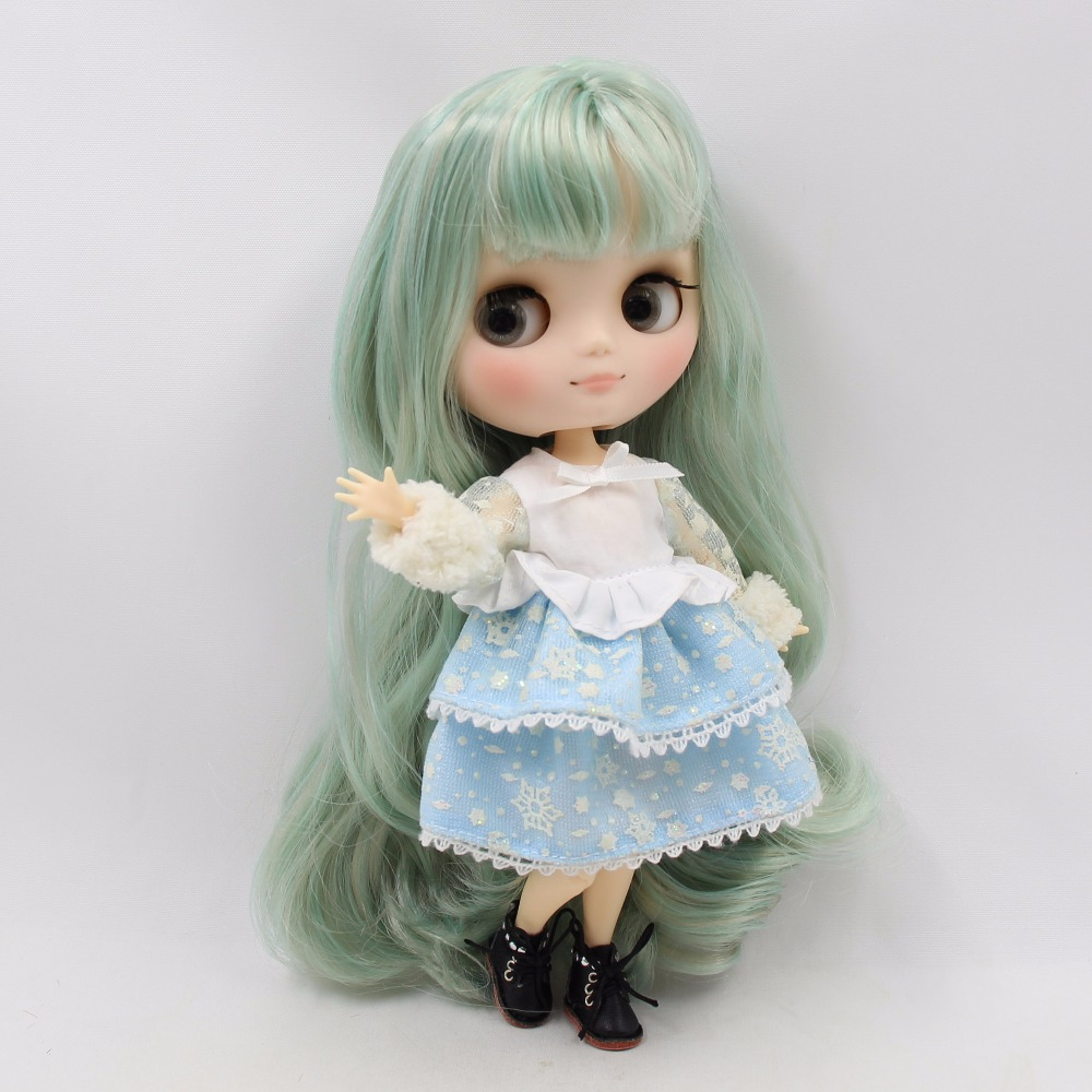 Middie Blythe Doll with Mint Hair, Tilting-Head & Jointed Body 1