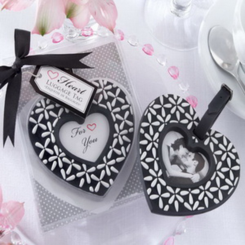 (100pcs/Lot)FREE SHIPPING+Follow Your Heart Black-and-White Heart Rubber Luggage Tag Wedding Shower Favors and Gifts