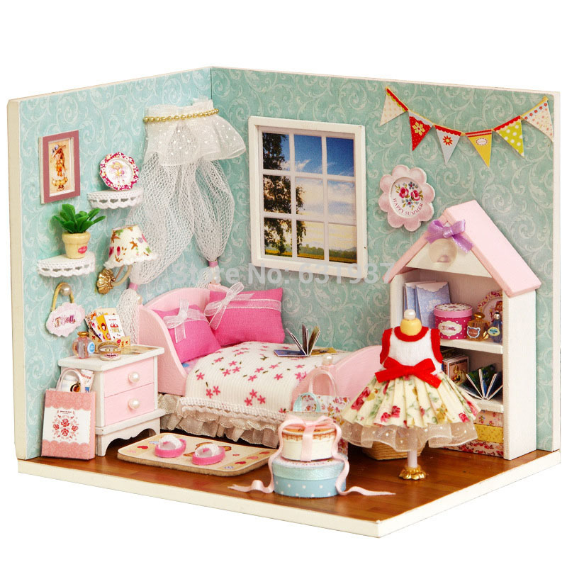 2015 New Diy Wood Doll Home Miniatura Dollhouses Miniature 3D Puzzle For Little one Toy Mannequin Kits Toys Birthday Christmas Reward