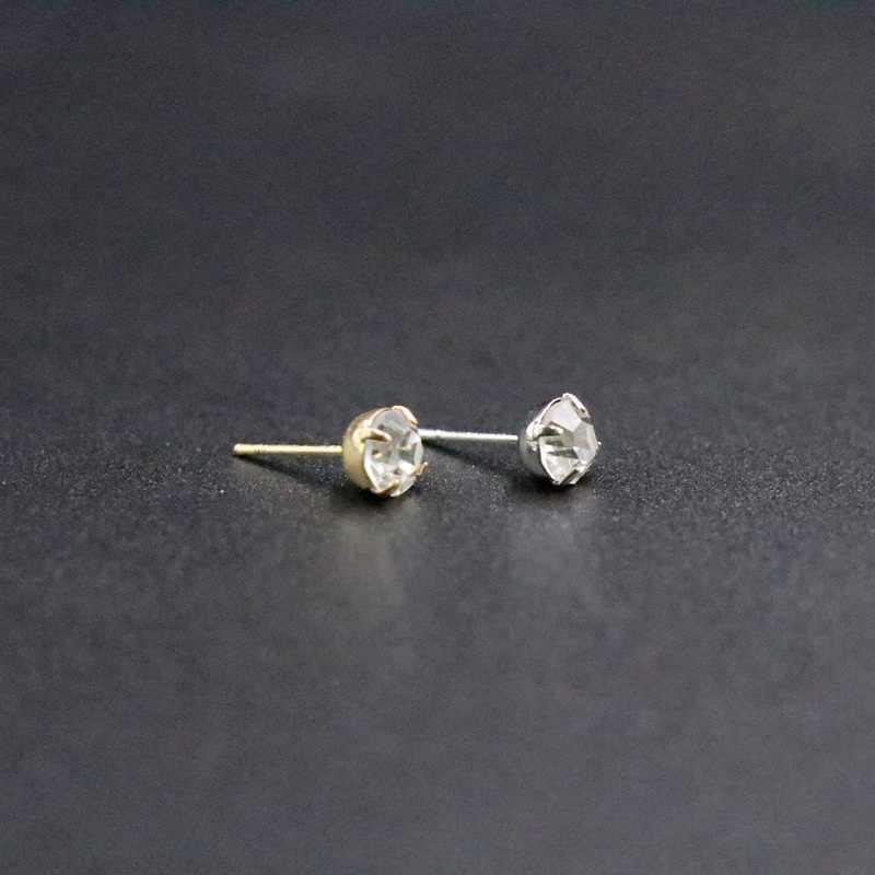 2018 Round Geometry Zirconia Alloy Shiny Stud Earrings Transparent Women Earrings Female Jewelry Accessori Simple Joker Classic