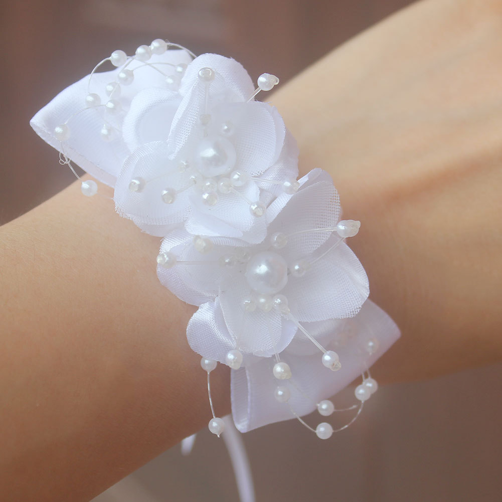 Flower Bracelet For Bridesmaids Accessories Wedding Hands Corsage Wedding Corsages Hand Corsage Flowers Girls Flowers White