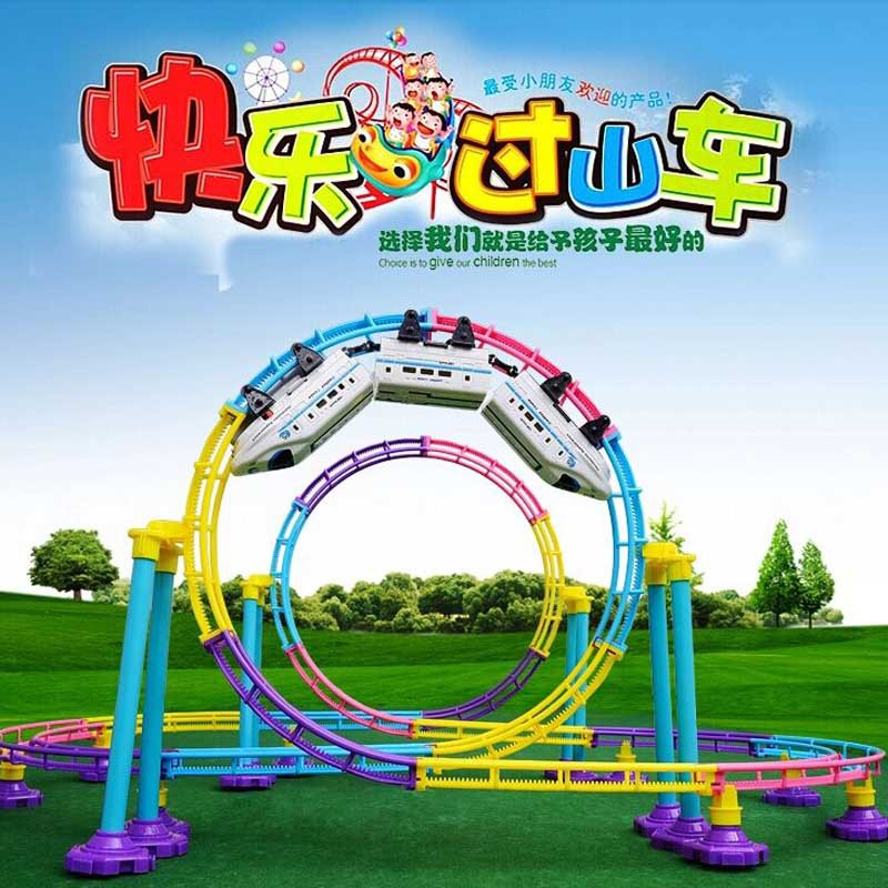 2017 Electric Train Toy 113 Pcs / Set Electric Rail Car Railway Toy 3D RailRoad Tracks Toy Trains For Kids Gift Christmas