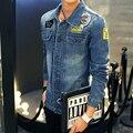 2016 Новая Мода Мужская Slim Fit Ripped Джинсовую Куртку Мужчины Хлопок Повседневная Мужчины Лоскутная Джинсовая Куртка Плюс Размер M-3XL # JJCC1518