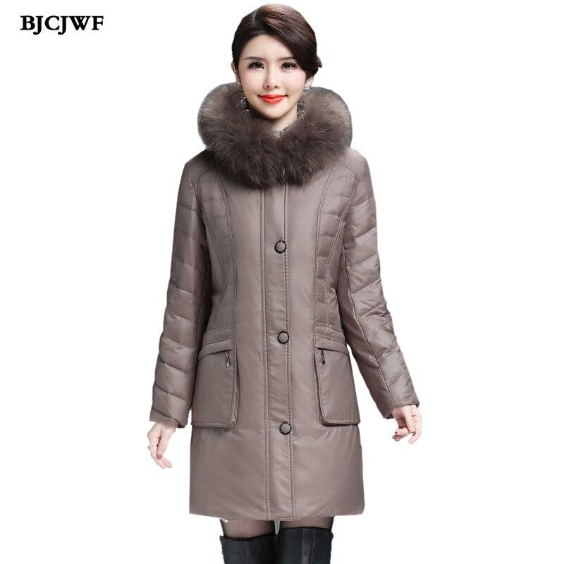 Femmes manteaux Long down parkas veste d'hiver femme 2017 fourrure de raton laveur À Capuche Surdimensionné 6XL Canard vers le bas manteau manteau femme hiver