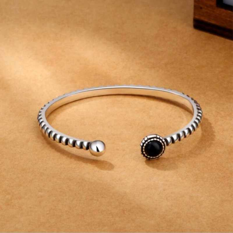 New Arrival Retro 925 Sterling Silver Jewelry Bracelets Personality Round Black Gem Twist Wild Exquisite Bangles  SB30