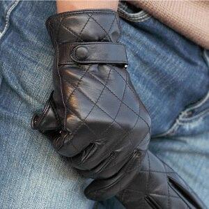 Image 4 - Guantes de piel auténtica Lisa para hombre, guantes de piel de oveja a la moda, de terciopelo, para invierno térmico, M020NC, 2020