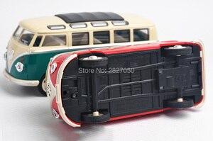 Image 5 - 1:24 Lichtmetalen Diecast VW Klassieke Minibus Trek Auto speelgoed Mini Van Bus met licht en voice toy cars voor kinderen