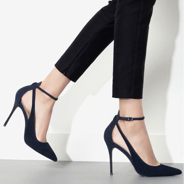 Sapatos da moda sexy sapatos de couro genuíno das mulheres de couro genuíno pontas do dedo do pé alto-sapatos de salto alto cinto botão sapatos femininos saltos finos