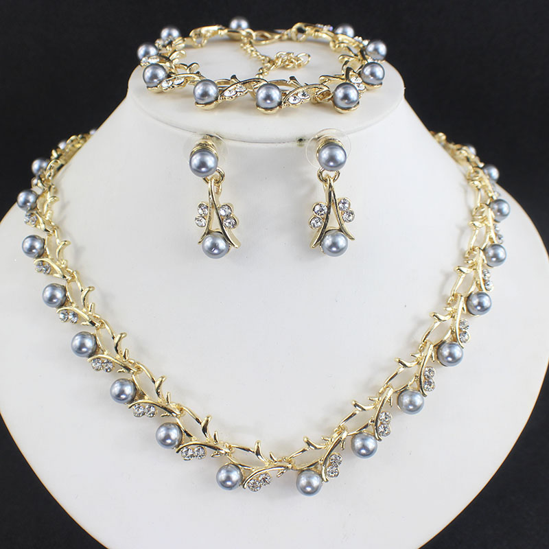 HTB1zx9WSFXXXXc0XXXXq6xXFXXXE Luxurious Pearl And Crystal Wedding Party Jewelry Set - 5 Colors