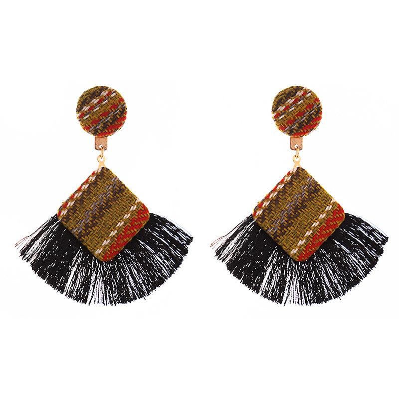 New Arrival Fashion Tassel Earrings for Women 19 Statement Earrings Striped Long Fringe Earrings Girl Birthday Jewelry Gift 2