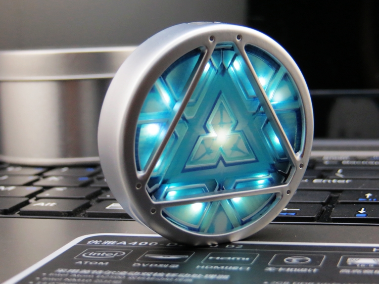 2016Hot ! Sale Iron MAN 3 ARC REACTOR LED Flash USB Flash Drive 8GB 16GB 32GB 64GB Pen Drive USB Pendrive Free Shipping