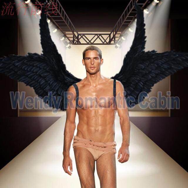 Costumés belle noir de bande dessinée plume ange ailes pour défilé De Mode Affiche tir de mariage props Cosplay jeu costume