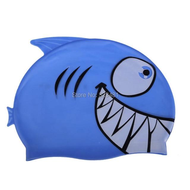 Tubarão bonito Dos Desenhos Animados Touca de Natação para Crianças de  Silicone À Prova D  d025cb55e05