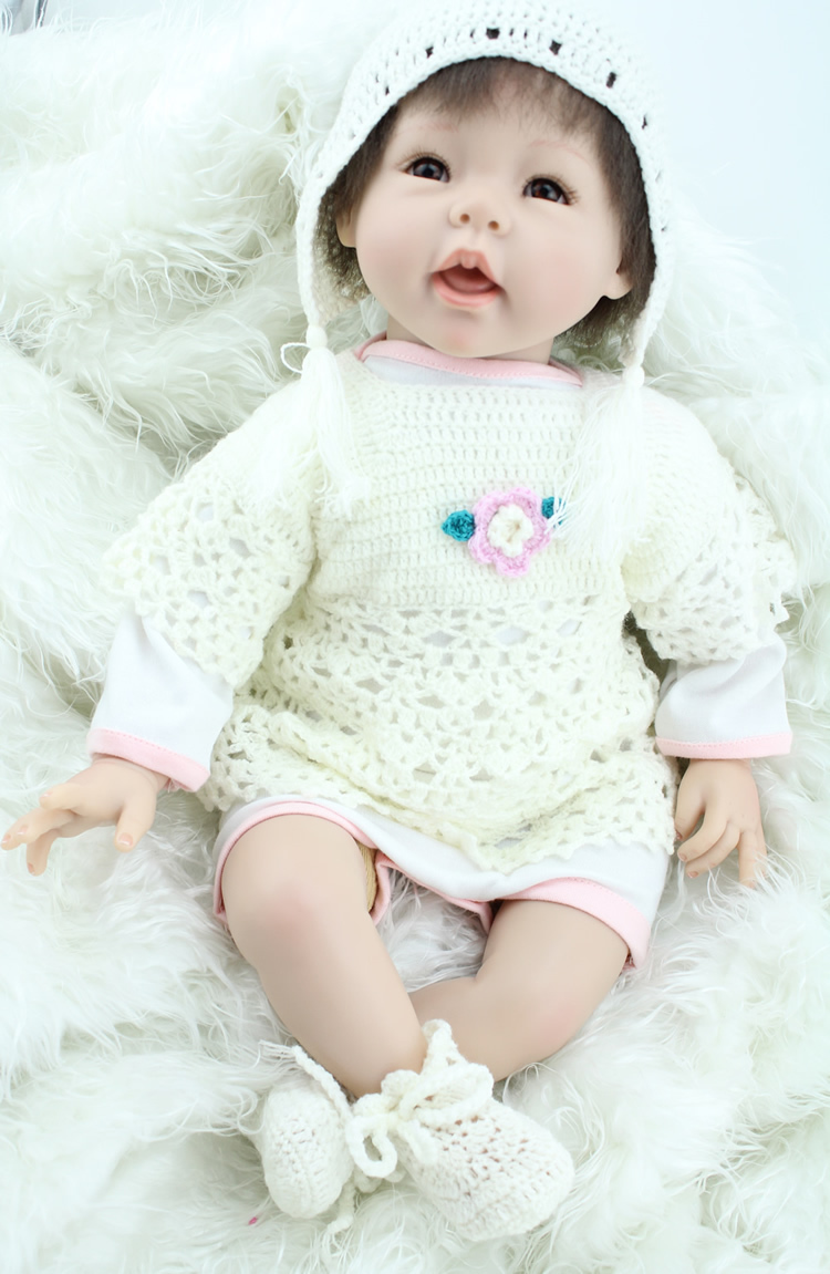 Hot selling 2017 top quality 22 inch silicone reborn babies girl realistic princess baby newborn dolls cute toys for kids