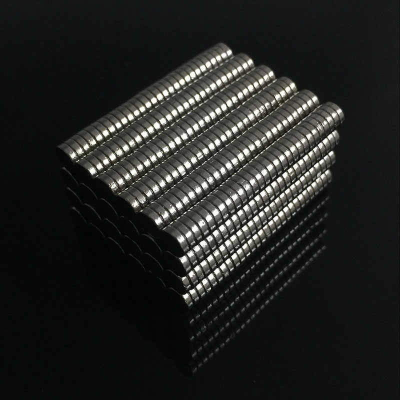 200pcs Bulk Small Round Neodymium Magnet Magnets Dia 4mm x 1mm N35 Super Powerful Strong Rare Earth NdFeB Magnet Newest 10x5 4mm cylindrical ndfeb n35 magnet w hole silver 10pcs