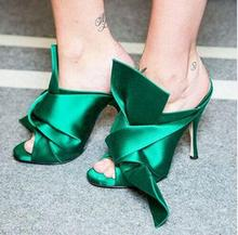 цены 2017 Summer Top Fashion Stain Crossover Sandal Mules Green Gold Butterfly Festival Big Knot High Heel Sandals Women Slipper
