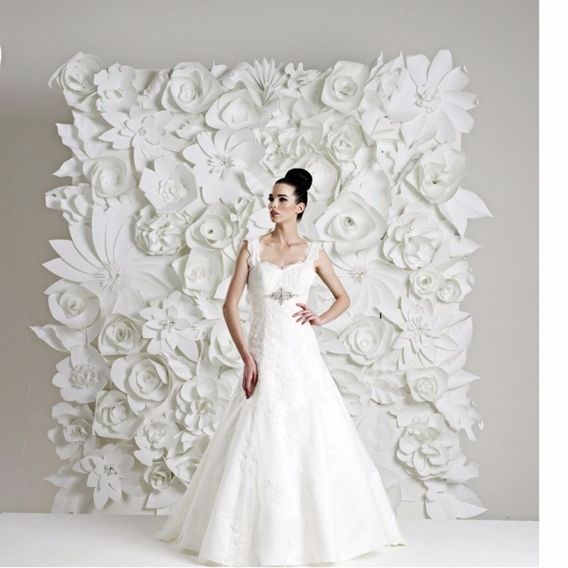 Us 1199 0 99pcs Set 15 60cm Giant Paper Flowers For Wedding Backdrops Wall Decorations Pure White Flower Sets 7 8m2 In Party Backdrops From Home