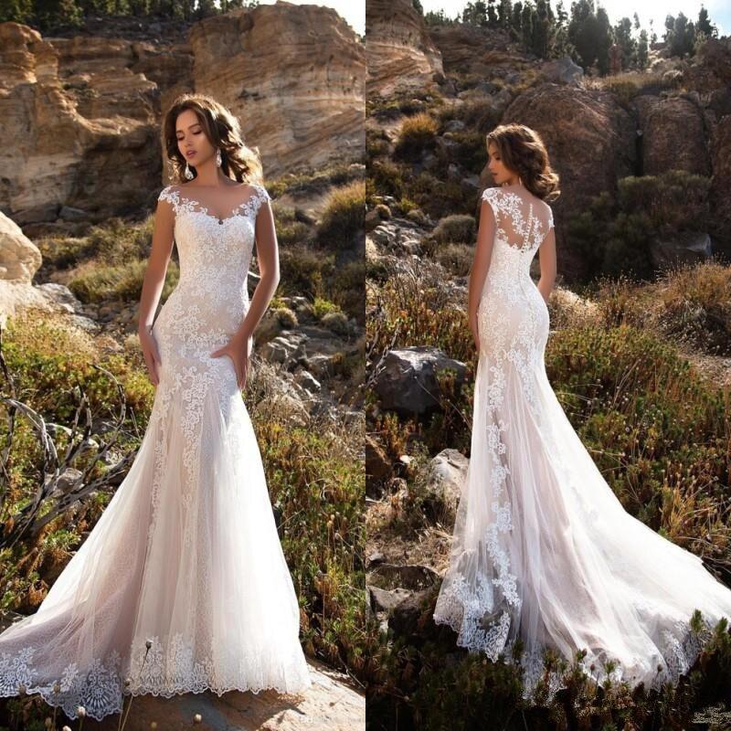 Sans manches Double épaule cou appliqué dentelle robes de mariée 2018 sirène/trompette Train Illusion robe de mariée robe blanche