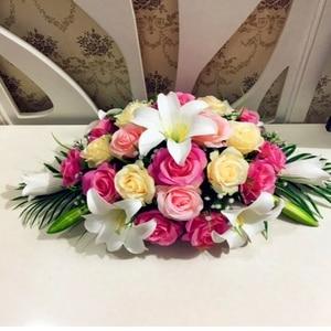 Image 2 - 高級diyの結婚式の装飾テーブルの花ランナー造花行配置テーブルセンターピースローズユリシャクヤクグリーンリーフ