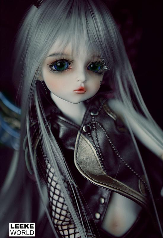1/4th scale 40cm  BJD doll nude with face Make up, SD doll girl Mikhaila.not included Apparel and wig 1 4 bjd dollfie girl doll parts single head include make up shang nai in stock