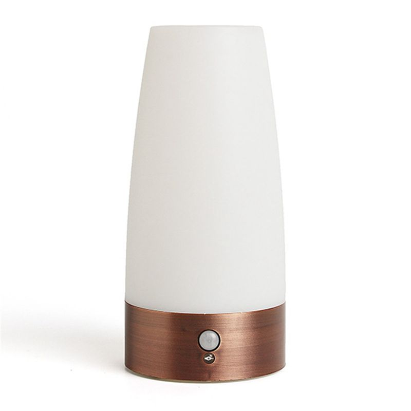 European Wireless Motion Sensor Retro Portable Bedroom Night Light Battery Powered LED Table Lamp