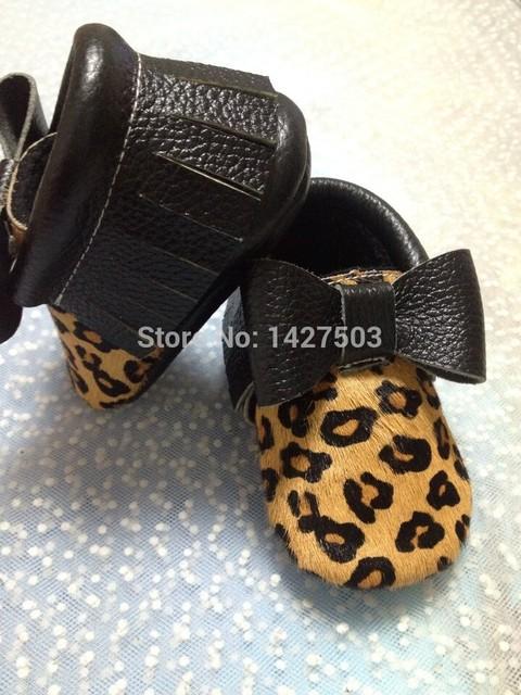 Moda Del grano Del Leopardo del pelo del Caballo Genuino Cuero mocasines borla fringe bebé bebé Del Niño Primeros Caminante antideslizante Zapatos Infantiles