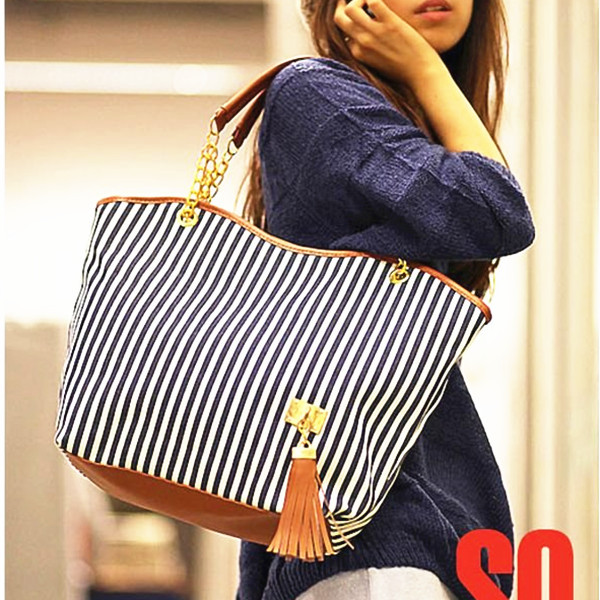 Holiday Bags Handbags Fashion Women Stripe Street Snap Candid Canvas Shoulder Bag Free Shipping 1pcs Lot W1262 In From Luggage On