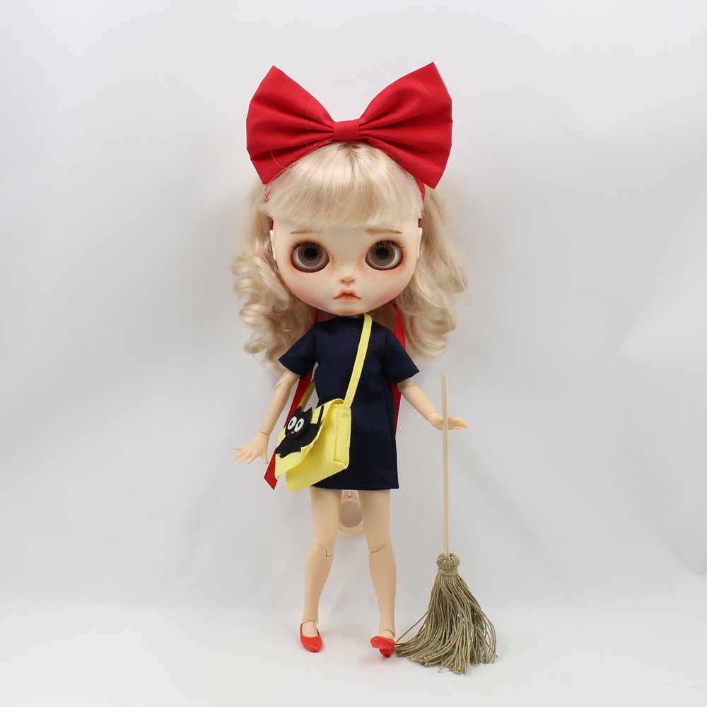 fcc52f43d6193 US $6.16 12% OFF| blyth doll icy red bow shoes yellow bag dress Kiki's  Delivery Service clothes 1/6 gift toy it suitble for 30CM clothes-in Dolls  ...