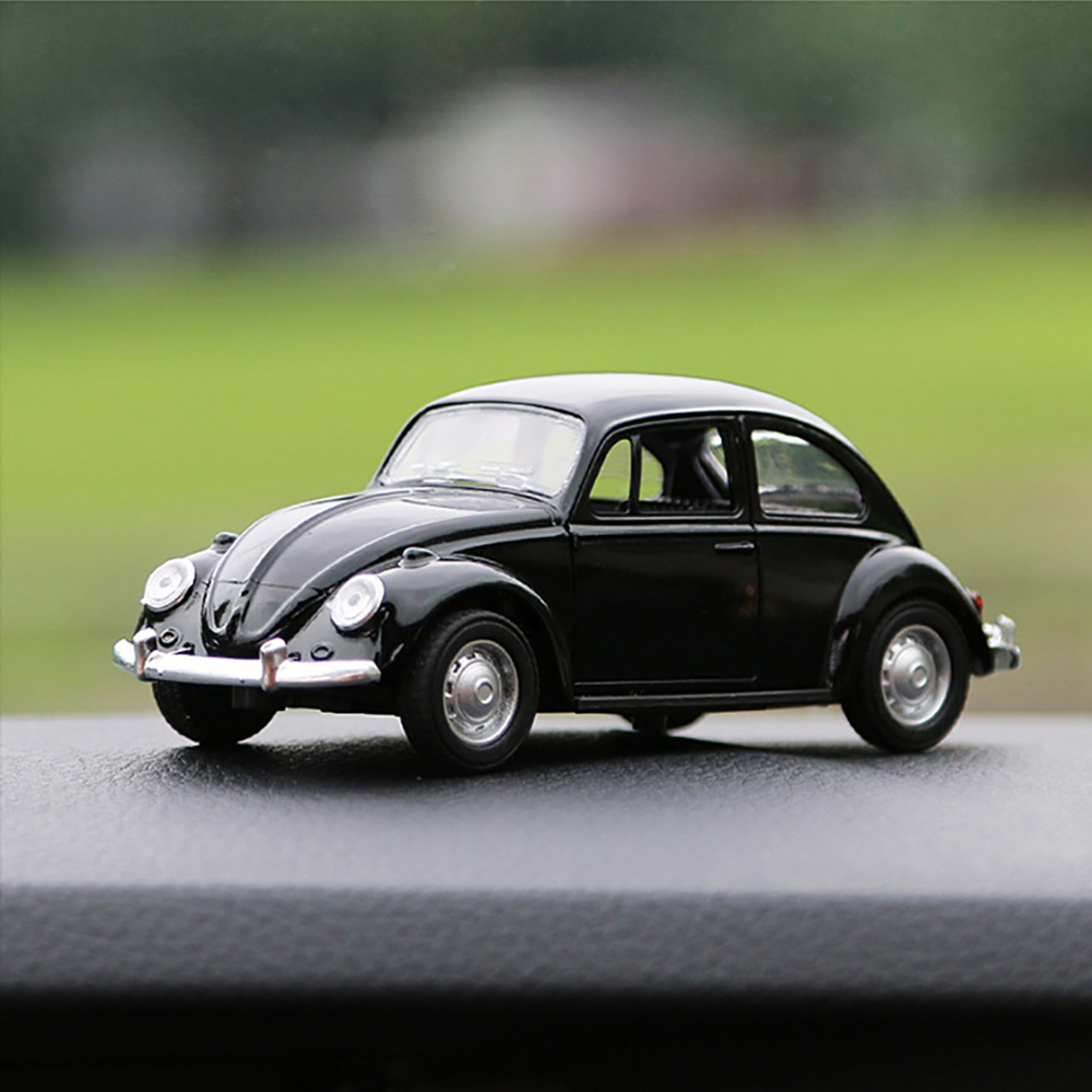 Car Ornament Vintage Alloy Model Decoration Dolls Automotive Beetle Cute Retro Auto Interior Dashboard Toys Accessories Gift