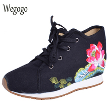 Wegogo Women Lotus Embroideried Travel Shoes Canvas Chinese Lace Up Casual Cotton Cloth Platforms Shoes Woman Sapato Feminino