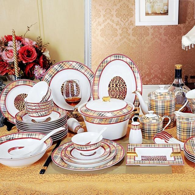 porzellan geschirr set bone china die karomuster gliederung in gold 43 st cke geschirr sets. Black Bedroom Furniture Sets. Home Design Ideas