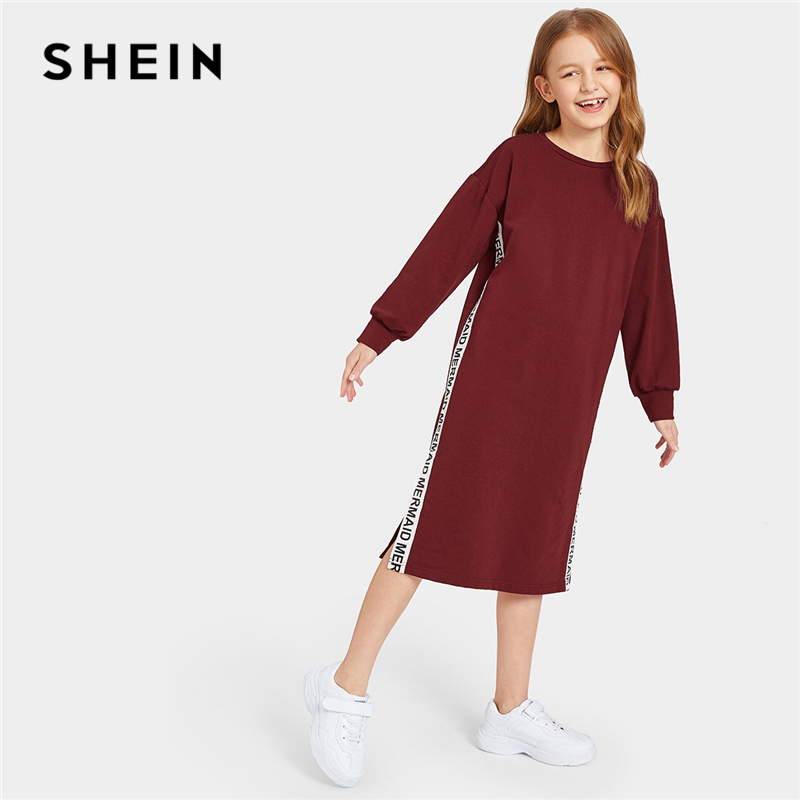 SHEIN Kiddie Burgundy Contrast Letter Tape Detail Split Casual Sweatshirt Dress 2019 Spring Long Sleeve Girls Straight Dresses girls embroidery detail contrast lace hem dress