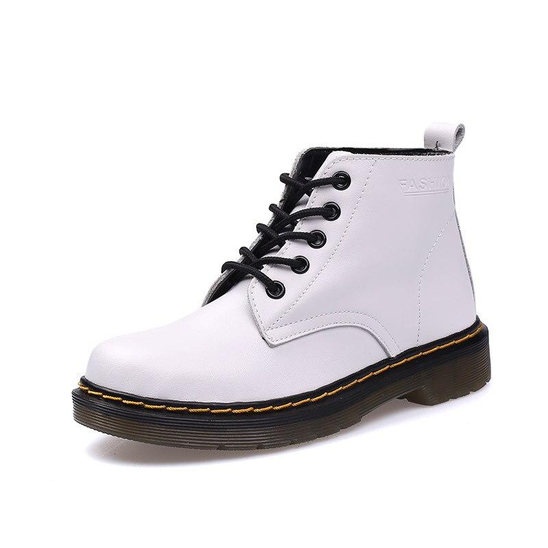 2018 New Women Shoes corium Boots Winter Snow Boots Female Warm Zapatos Mujer Tenis Bota Classic Women Martin Shoes girl shoes in sri lanka