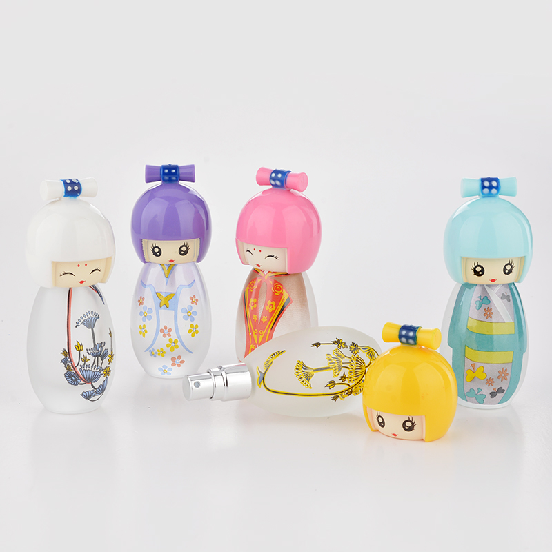 20 ML Cute Japanese Puppets Portable Glass Refillable Perfume Bottle With Spray Empty Parfum Case For Traveler