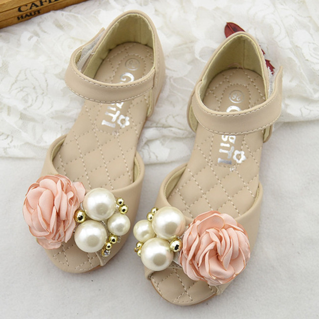 2017 Luxury Girls Flower Sandals Peep Toe Pearls Kids Girls Wedding Shoes Flower Children Girls Summer Beach Sandals Open Toe