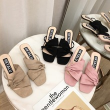e37140613 Sapatos casuais estilo coreano saltos transparentes de Cor Sólida 2019 de  Alta borboleta nó Med salto alto sandálias Da Moda nov.