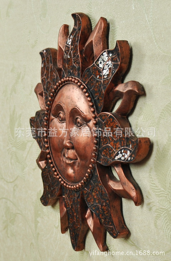 Factory batch posting smiling sun face glass entrance wall resin crafts ornaments Wall Wall