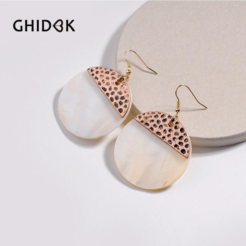 GHIDBK Vintage Natural Shell Coin Shaped Earrings for Women Simple Dangle  Earrings Minimalist Geometric Disc Earrings Statement-in Drop Earrings from  ... 8e723a6af355