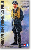 Soldier Model 1 / 16 German Air Force Ace 36302