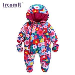 Image 4 - Ircomll 2019 יילוד תינוק Rompers חורף עבה חם ילד תינוק בנות בני תינוקות בגדי Camo פרח סלעית סרבל ילדים להאריך ימים יותר