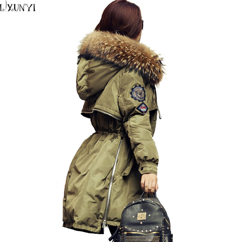 2017 Womens Winter Down Jackets and Coats Slim Hooded Women Down Jacket Real Raccoon Fur Collar ladies Parka overcoat Army Green стоимость