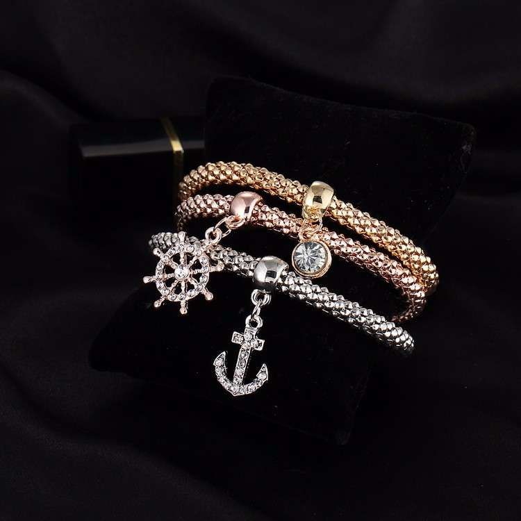 Crystal Charm Bracelet - close-up 5