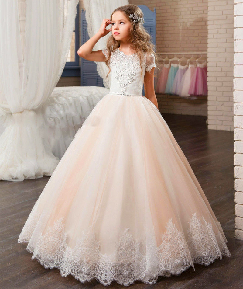 купить New Champagne Tulle Girls First Communion Dresses O-neck Short Sleeve Ball Gown Lace Appliques Flower Girl Dresses for Weddings онлайн
