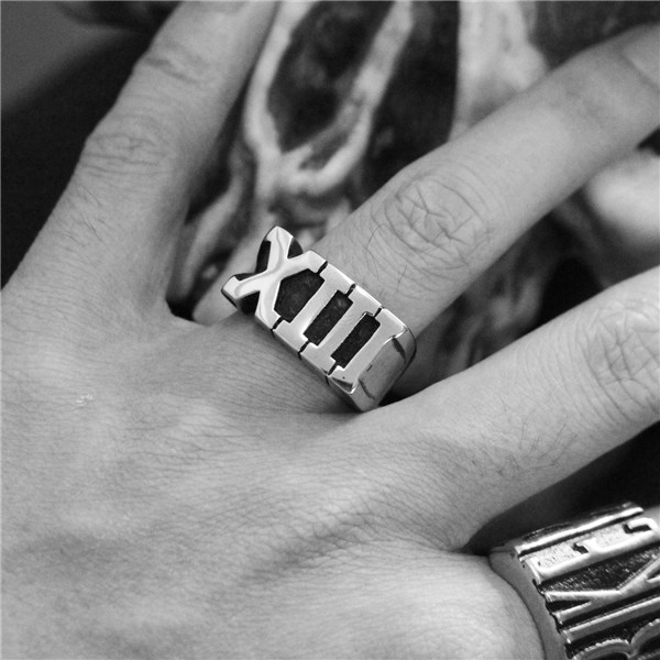 1pc Dropship Roma Number 13 Ring 316L Stainless Steel Fashion Biker New Men Boys XIII Cool Ring monochrome